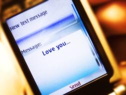 Text-message-spy